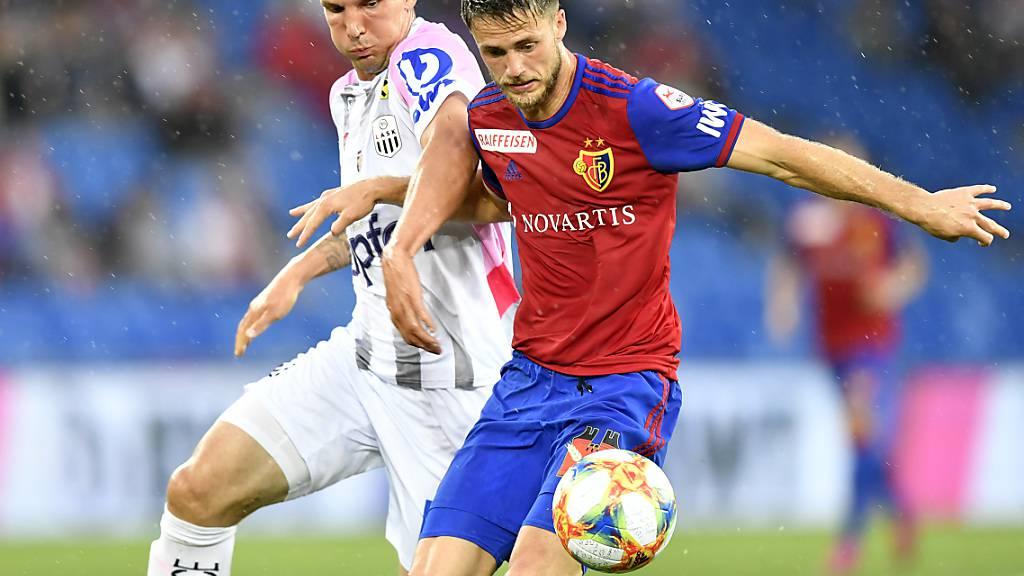 Ricky van Wolfswinkel (rechts) wird den FC Basel nach drei Jahren verlassen