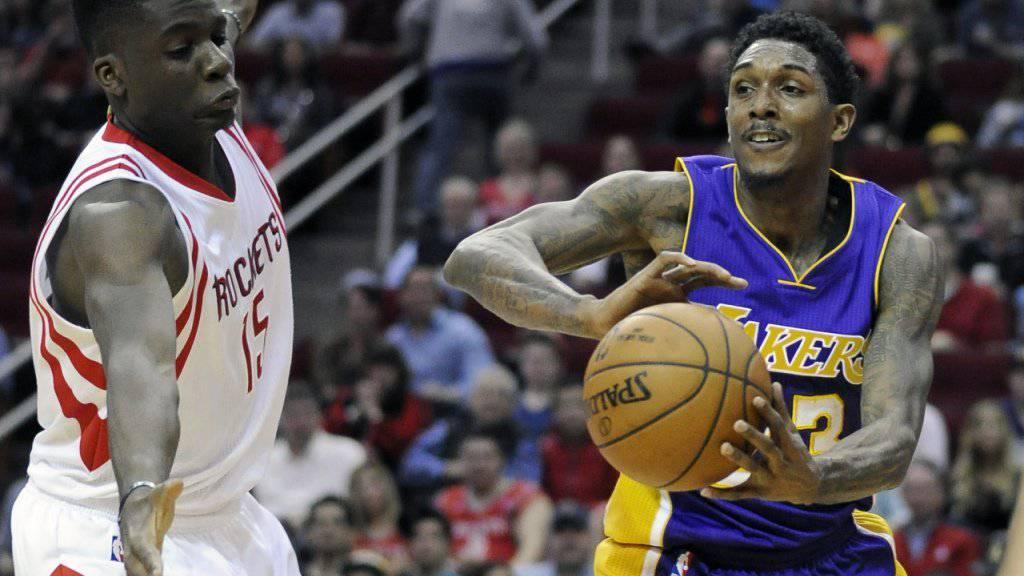Der Genfer Clint Capela (hier bei seinem letzten Einsatz am vergangenen Sonntag gegen die Los Angeles Lakers) verpasste das Gastspiel der Houston Rockets in Denver aufgrund einer Lebensmittelvergiftung
