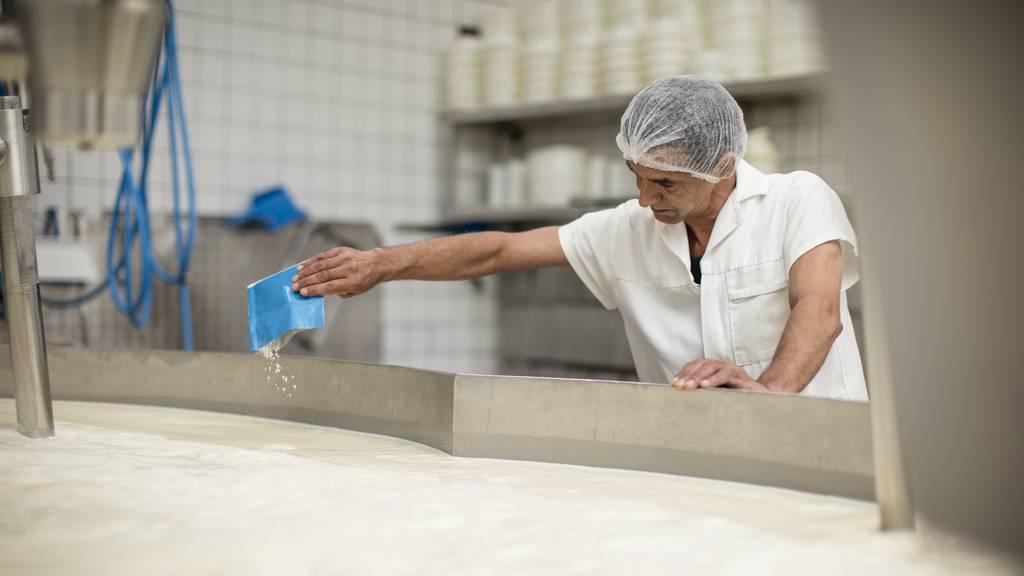 Zoll gibt Erlaubnis: Rheintaler Käserei darf Billig-Milch importieren