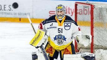 EVZ-Torhüter Tobias Stephan überzeugt in der Serie gegen Lausanne mit einer Abwehrquote von 93,94 Prozent.