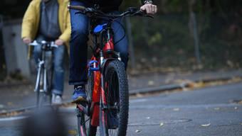 Die Baselbieter Strassen sind 2019 sicherer geworden. Doch ein Fortbewegungsmittel schert aus. Mal wieder. Um 35 Prozent stieg die Zahl der Unfälle mit E-Bikes gegenüber 2018.