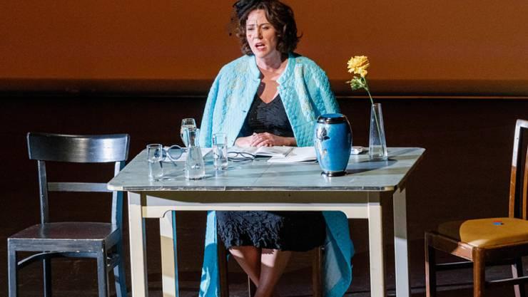 Die Autorin Ildikó von Kürthy kann nicht nur Bestseller schreiben, sondern auch singen. Während einer Lesung präsentierte sie Songs von Simon & Garfunkel über George Michael bis Culture Club.