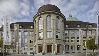 An der Universität Zürich sinkt der Frauenanteil unter den Professuren. (Archivbild)