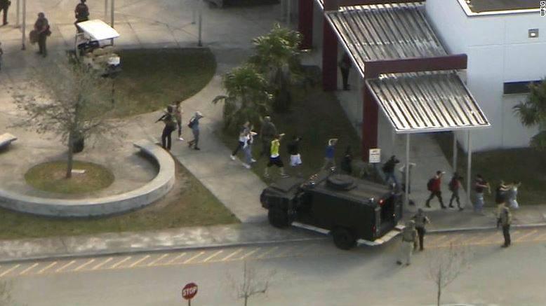 17 Tote nach Schiesserei in Florida