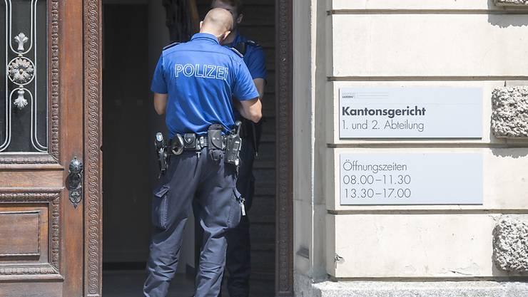 Das Luzerner Kantonsgericht kommt im Falle des Ehrenmordes von Kriens zu einem leicht milderen Urteil. (Archivbild)