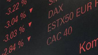 Trotz der jüngsten Turbulenzen am Aktienmarkt sollen Anleger ihr Geld weiterhin in Aktien investieren, um ansehnliche Renditen zu erzielen, rät die Credit Suisse. (Themenbild)