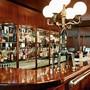 Meilenstein im Werk des damals jungen Innenarchitekten Robert Haussmann: die Kronenhalle-Bar in Zürich. Bild: Fred Waldvogel