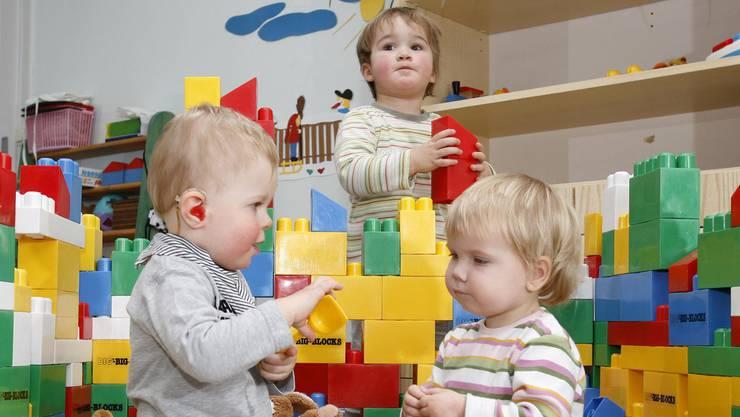 Der Stadtrat will das Finanzierungssystem für die Kindertagesstätten in Rheinfelden ändern. (Symbolbild)