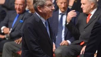 2013 bewarb sich Denis Oswald (hinten recht) um das IOC-Präsidium, unterlag aber dem Deutschen Thomas Bach