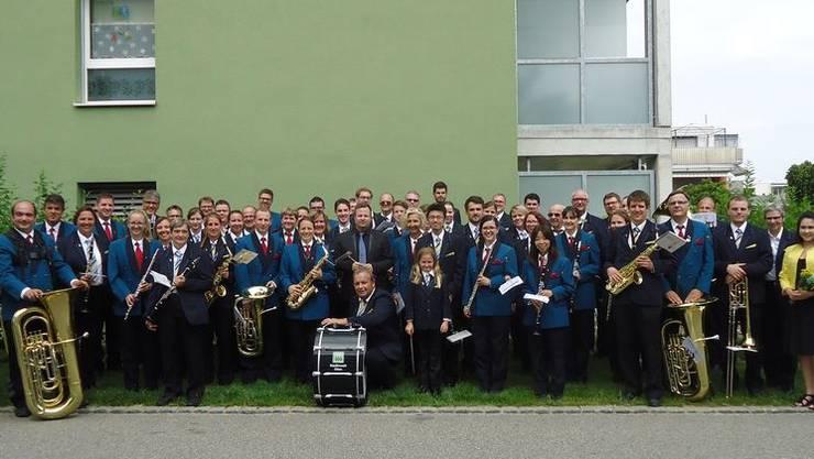Die beiden Vereine spielten im Mai zu zwei Konzerten als «Blasorchester Olten-Villmergen» auf und bestritten auch den Regionalmusiktag gemeinsam.