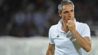 Er zeigt sich offen den Fans gegenüber: Paulo Sousa und seine Truppe stellen sich einmal pro Woche einem öffentlichen Training mit anschliessender Autogrammstunde.