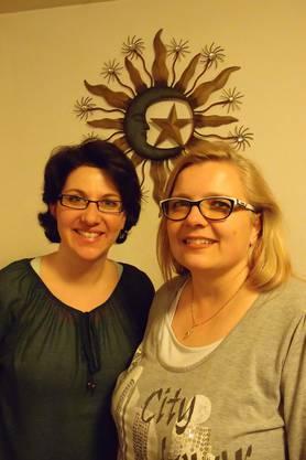 Die abtretende Präsidentin Daniela Mathis und die neue alte Präsidentin Anja Köchli.