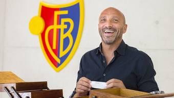 Massimo Ceccaroni, der seine ganze Fussballkarriere über dem FC Basel treu gewesen ist und heute die Nachwuchsabteilung leitet, hat den Begriff «Begeisterung» gezogen.