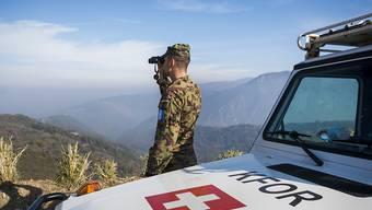 Der Nationalrat hat trotz kritischer Töne Ja gesagt zur Verlängerung des Swisscoy-Einsatzes im Kosovo. (Archivbild)