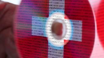Der mutmassliche Spion soll geholfen haben, jene deutschen Steuerfahnder ausfindig zu machen, welche CDs mit Daten mutmasslicher deutscher Steuerhinterzieher gekauft haben. (Symbolbild)