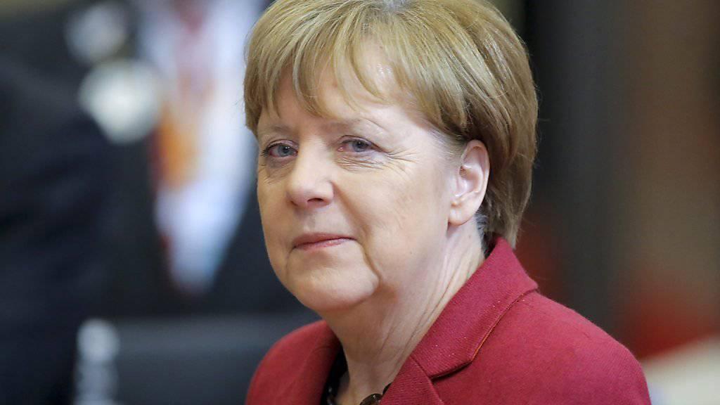Eine erste Hürde ist genommen, aber die deutsche Kanzlerin Angela Merkel erwartet nochmals schwierige Verhandlungen über den Flüchtlingspakt am Freitag mit der Türkei.