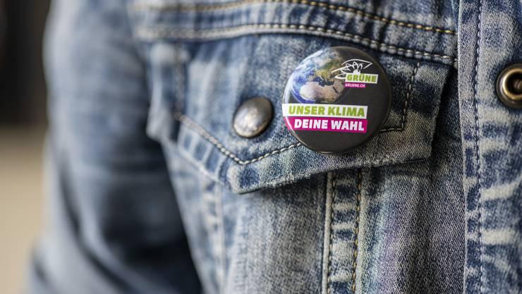 Erste Hochrechnungen sagen den Zürcher Grünen 4,4 Prozentpunkte mehr Wähleranteil voraus.