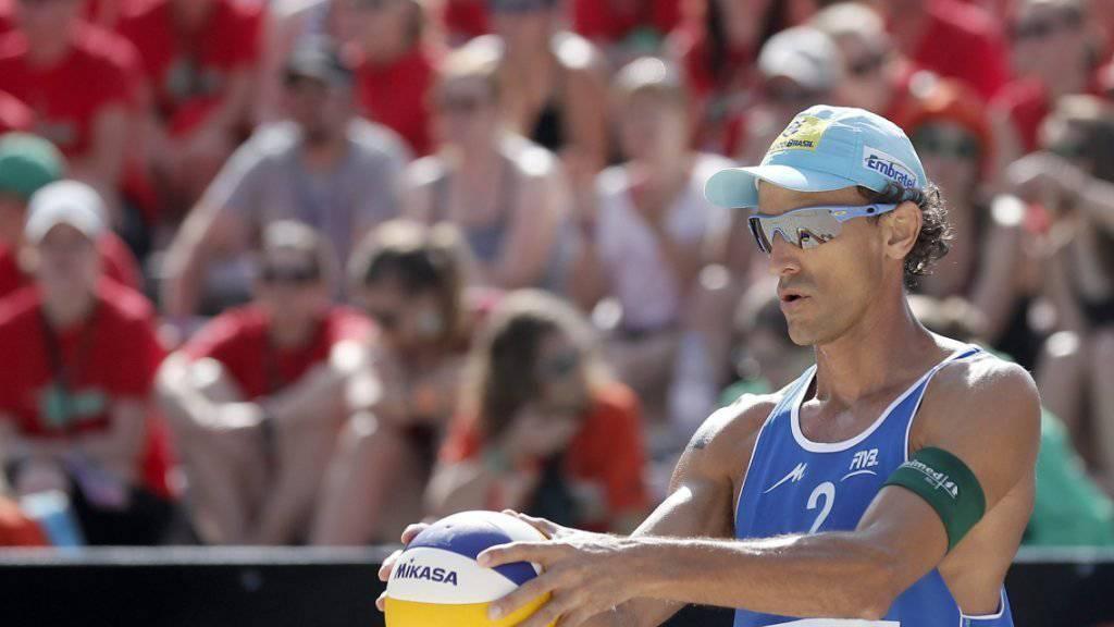 Der brasilianische Beachvolleyball-Star Emanuel Rego, hier im Juli 2013 am  Major-Series-Turnier in Gstaad, beendet im Alter von 42 Jahren seine erfolgreiche Karriere