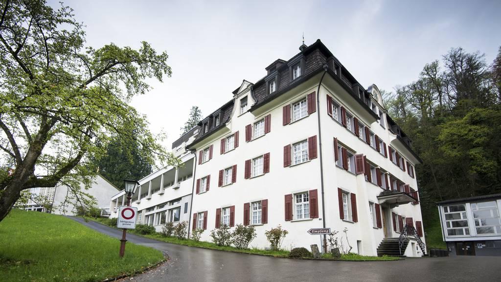 Im ehemaligen Thaler Internat Marienburg sollen bis zu 120 UMAs untergebracht werden.