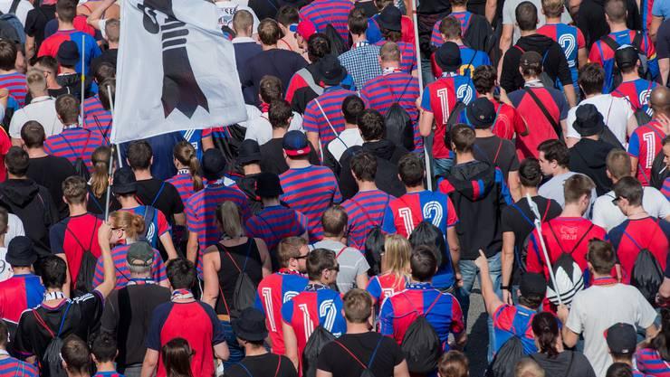 Mehrere Fans des FC Basel wurden per Internetpranger gesucht.