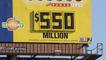 Der Jackpot ist auf 550 Millionen Dollar angewachsen