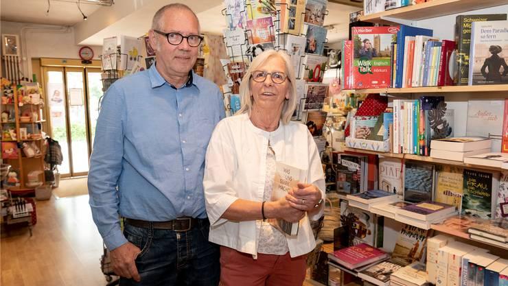 Brigitte und Werner Stöcklin-Hofstetter gründeten vor 25 Jahren den Laden «Für Gross und Klein» in Ettingen. Jetzt sind sie auf der Suche nach Nachfolgern.