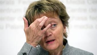Finanzministerin Widmer-Schlumpf ist unter Druck, eine robuste Weissgeldstrategie vorzulegen.