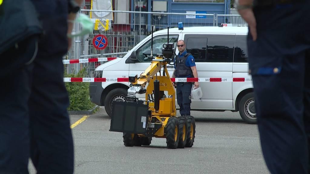 Verdächtiger Gegenstand in Parkhaus: Grosser Polizeieinsatz im Kreis 12