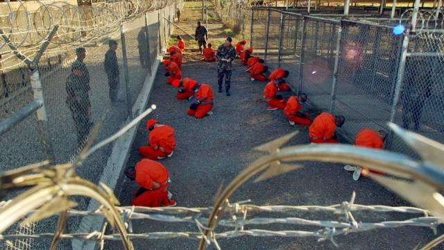 Häftlinge auf Guantánamo (Archiv)