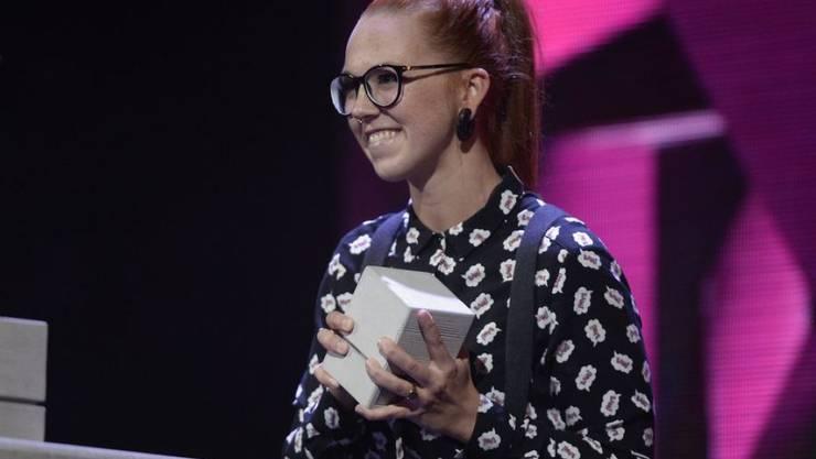 Die Walliser Sängerin Stefanie Heinzmann - hier 2016 bei der Verleihung der Swiss Music Awards - erhält dieses Jahr den hochdotierten Walliser Rünzi-Preis. (Archivbild)