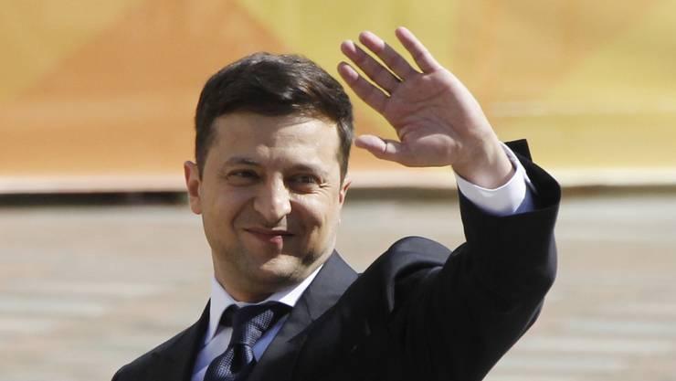 Wolodymyr Selenskyj bei der Ankunft im Parlament in Kiew, wo er als neuer ukrainischer Präsident vereidigt wurde.