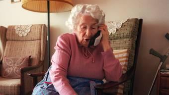 Alle Rentnerinnen und Rentner, die von «Enkeltrick-Betrügern» kontaktiert wurden, realisierten den Betrugsversuch. (Symbolbild)