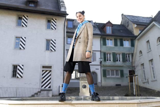 Lilith Föhn tanzt Ballett seit sie dreieinhalb Jahre alt ist und zeichnet seit sie denken kann. Sie studiert an der Académie De Meuron in Neuchâtel visuelle Kunst und modelt nebenbei.