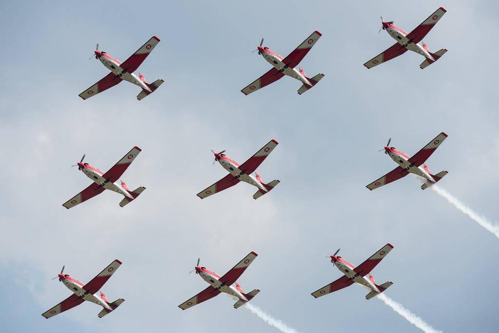 Die PC-7-Flugzeuge der Schweizer Armee (© Keystone)