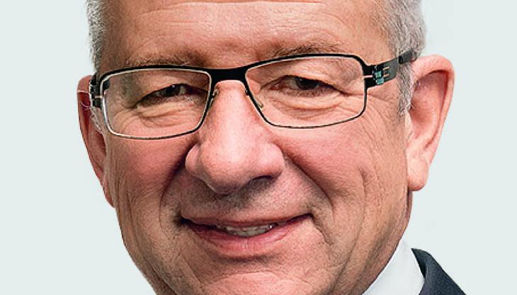 Der Verwaltungsratspräsident (VRP) soll Somm als möglichen Chefredaktor ins Spiel gebracht haben. Jornod habe im kleinen Kreis immer wieder das unklare politische Profil der NZZ kritisiert, schreibt die «Schweiz am Sonntag». Pikant: Jornod ist auch VRP von Galenica. Dort ist Blocher-Intimus Martin Ebner ein wichtiger Aktionär.