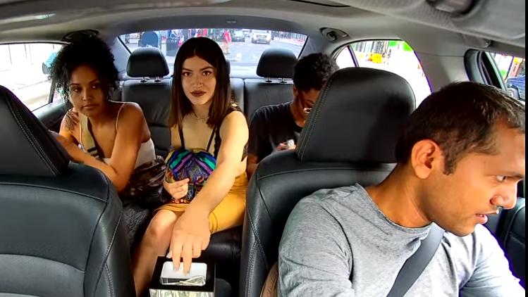 Dreister Uber-Fahrgast stiehlt dem Fahrer das Trinkgeld