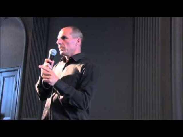Um dieses Video gehts: Yanis Varoufakis zeigt Deutschland den Stinkefinger – ab Minute 1.20.