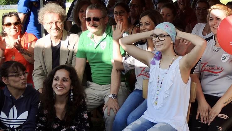 Beim Solidaritätsfest für Cynthia haben Rita Caldas, Wirtin des Clubhauses Barz, und zahlreiche Helferinnen und Helfer aus dem Umfeld des SC Bad Zurzach und der portugiesischen Gemeinschaft der Region alles gegeben.