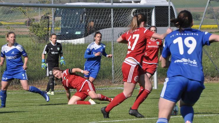 Das Schlusslicht aus Derendingen forderte die Leaderinnen des FC Neunkirch bis zum Schlusspfiff.
