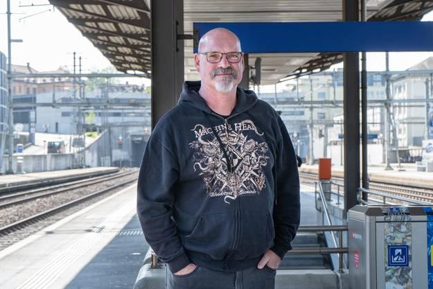 Oliver Blattmann (bald 60),  Hauswart, aus Liestal.