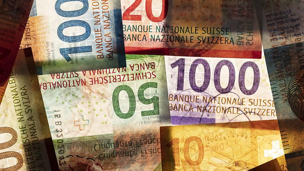 Ohne Entnahmen aus Reserven und Fonds läge das budgetierte Minus bei über 13 Millionen Franken. (Symbolbild)