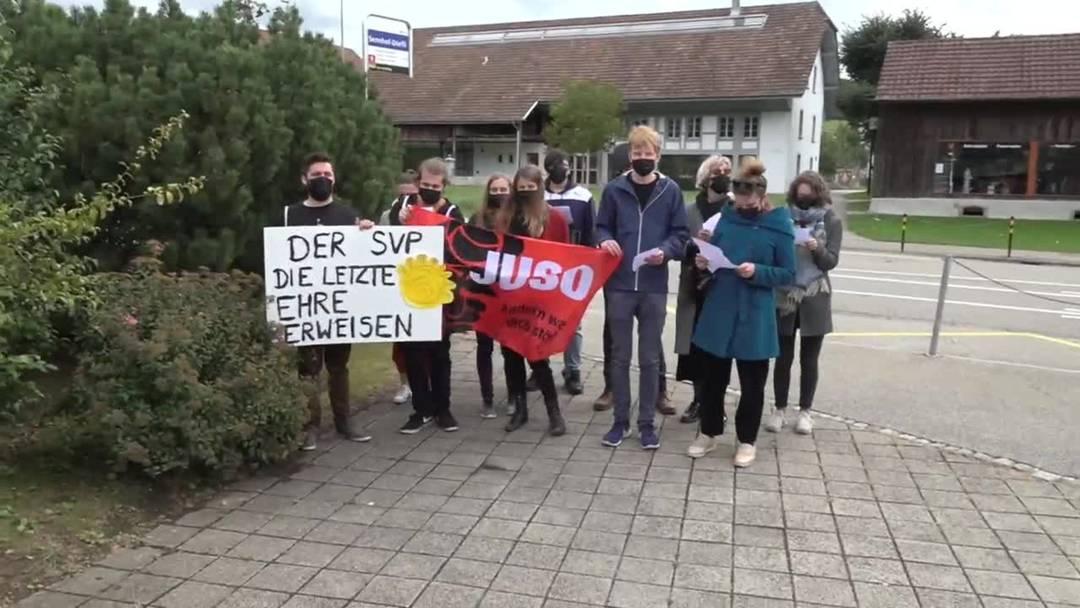 Juso-Störaktion bei der SVP in Rothrist