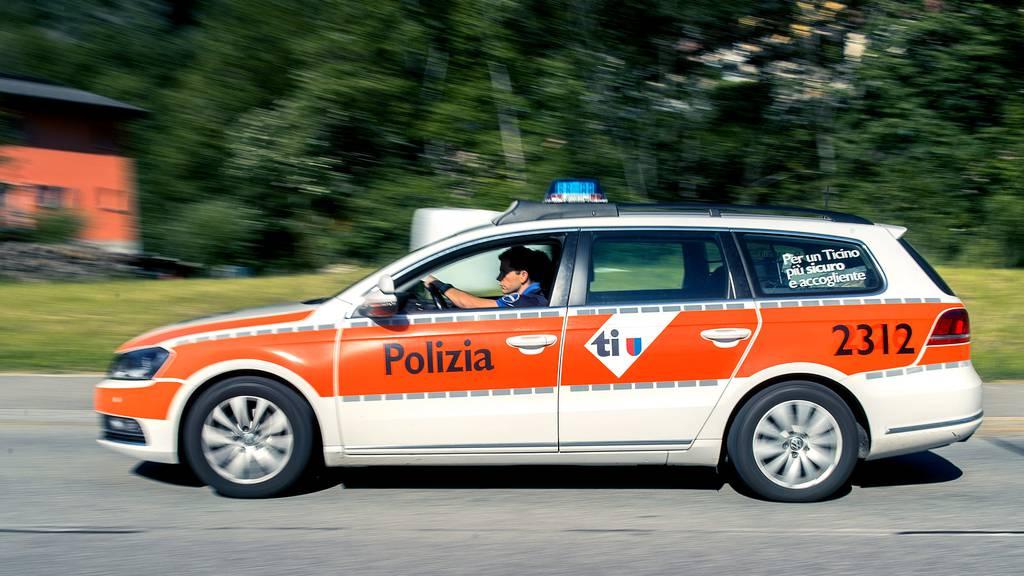 Tödlicher Unfall im Tessin: Auto überschlägt sich in unwegsamen Gelände