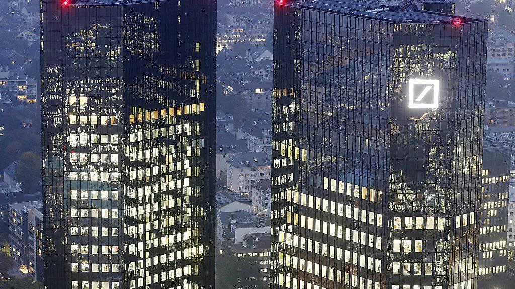 Die Deutsche Bank muss erneut in den USA eine Millionenstrafe zahlen. (Archivbild)