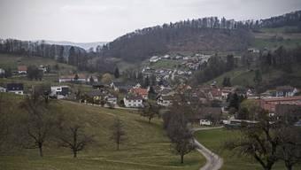Zullwil hat rund 640 Einwohner. Müssen diese künftig für eine Identitätskarte nach Breitenbach?