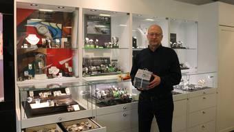 Kann über das Weihnachtsgeschäft nicht klagen: Peter Frey, Inhaber des gleichnamigen Uhren-, Schmuck- und Optikergeschäfts in Frick.