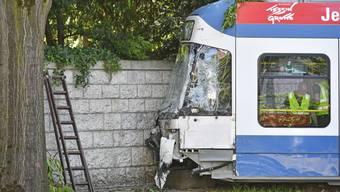 Busse und Trams sind am häufigsten in Unfälle verwickelt. Hier 2019, als ein Lastwagen in Zürich mit einem Tram kollidierte.