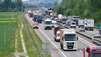 Gegen den 6-Spur-Ausbau der A1 gibt es Widerstand.