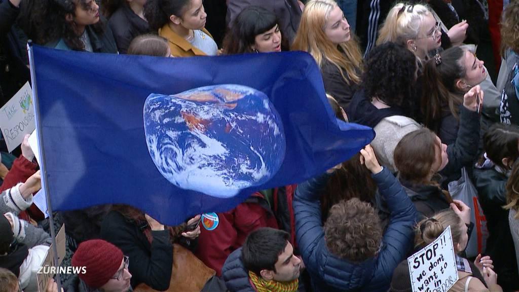 Trotz «Grünrutsch»: Klima nur Platz 4 im Sorgenbarometer