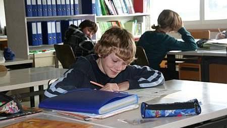 Die Schüler arbeiten selbständig und entwickeln dabei eigene Lernstrategien. Das kommt ihnen im späteren Leben zugute